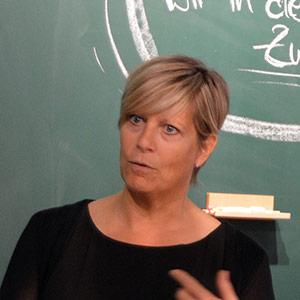 Alexandra Rath vom BVMW bei der Eröffnung des New Work Lab Düsseldorf, Workshopraum, Creative Space