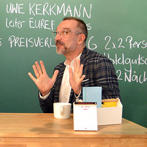 Uwe Kerkmann bei der Eröffnung des New Work Lab Düsseldorf, Workshopraum, Creative Space